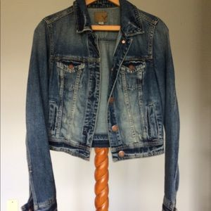 American Eagle Distressed Crop Jean Jacket Size S